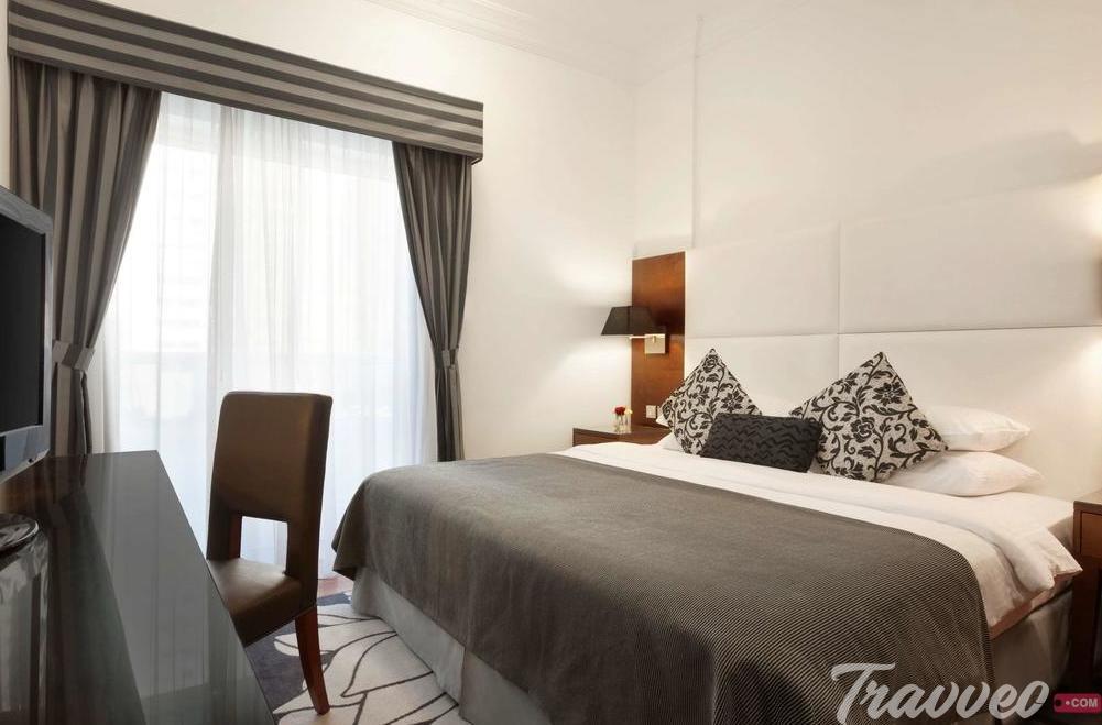 حجز فندق رمادا من شركة Travveo Com