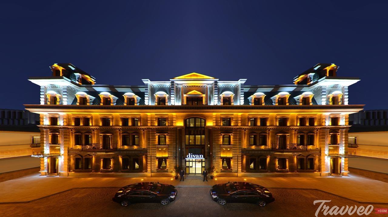 فندق ديفان سويتس باتومي