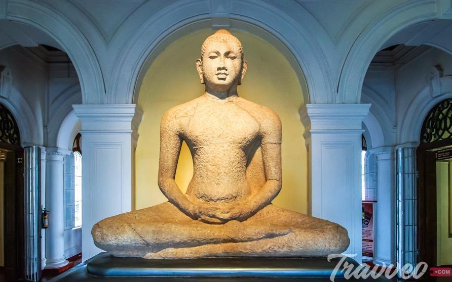 تمثال البوذا