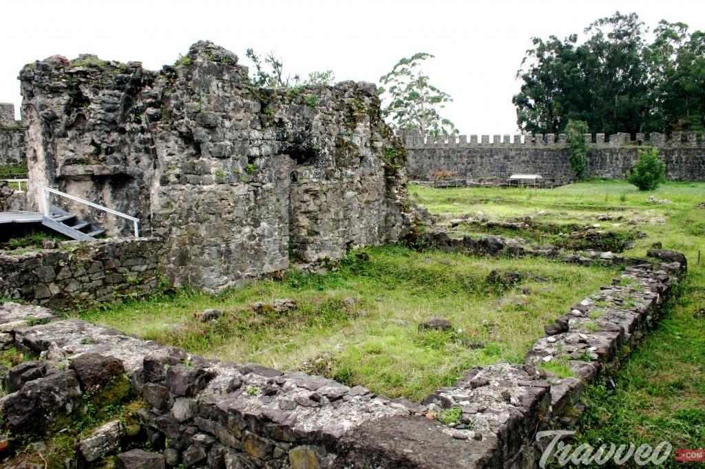 قلعة جونيو أبساروس