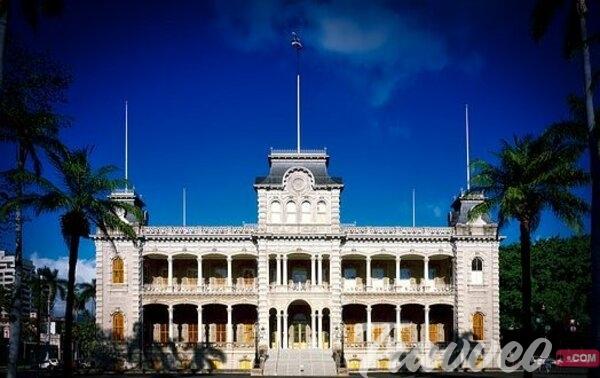 قصر لولاني