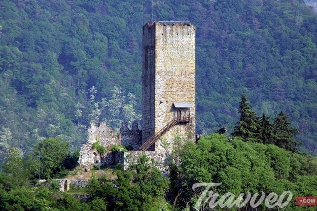 قلعة كاستيللو الباراديللو