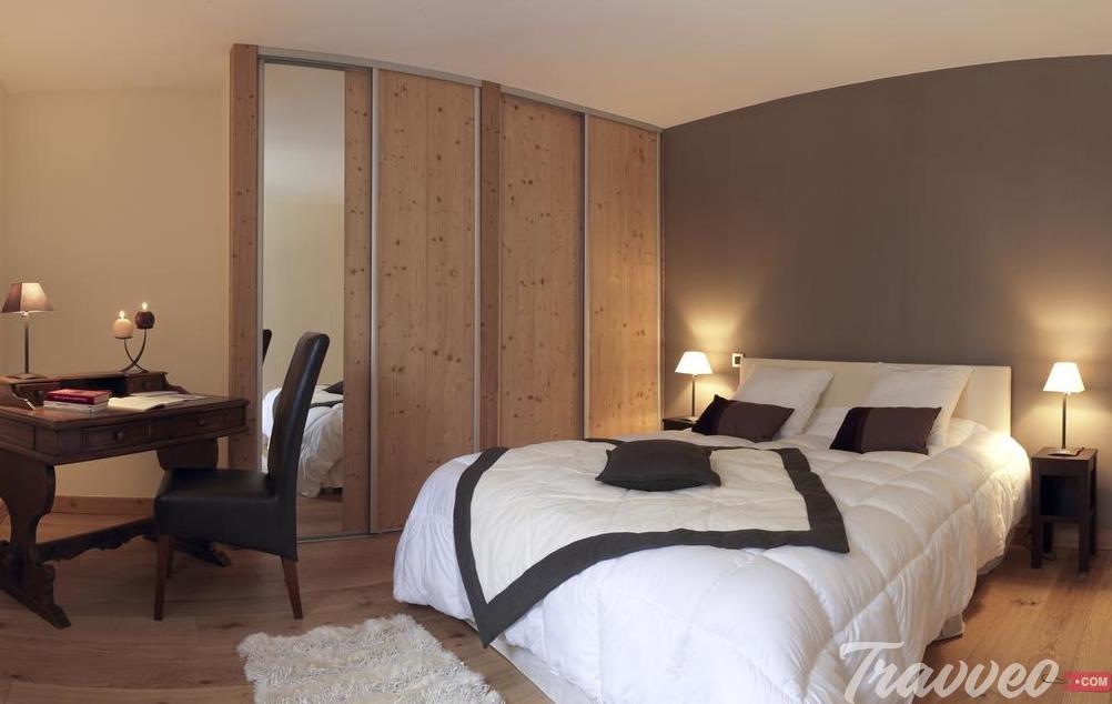 فندق ليزيكران دو سولان