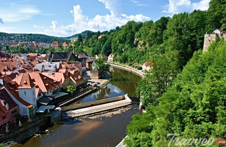 افضل دليل سياحي لمدينة تشيسكي كروملوف التشيك