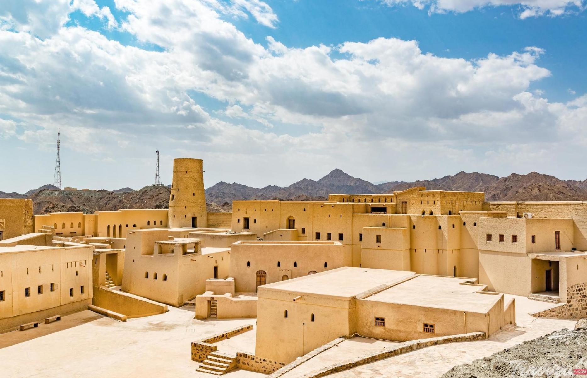 رحلة لاكتشاف مدينة البريمي في عُمان