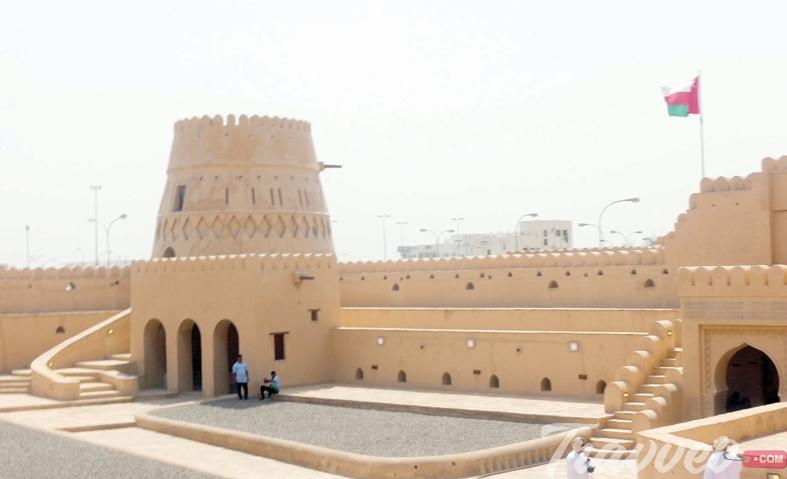 قلعة الخندق