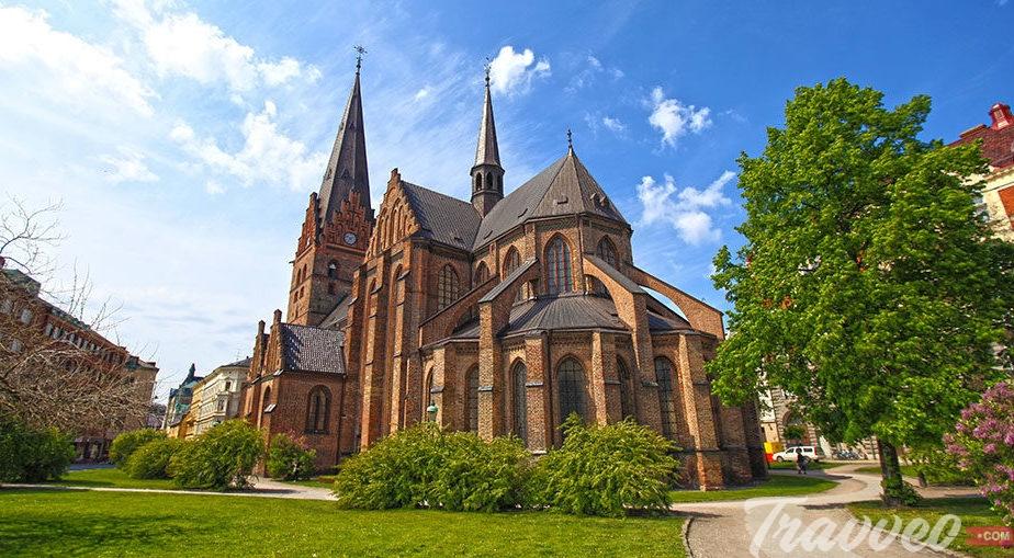 كنيسة سانت بيترسبيرج