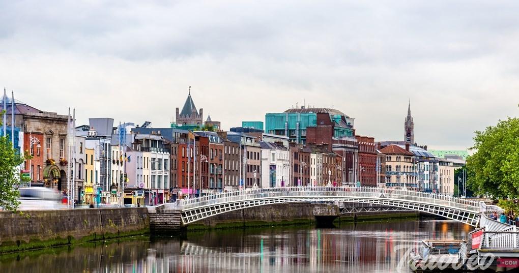 جسر السياحة في دبلن