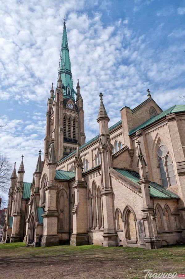 كنيسة سانت جيمس