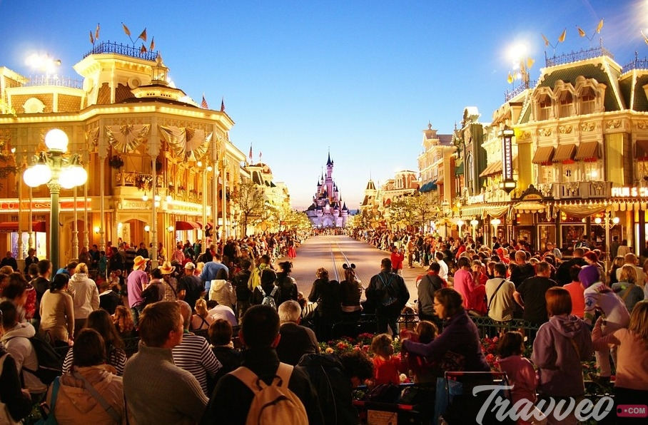 رحلة سياحية الى ديزني لاند باريس