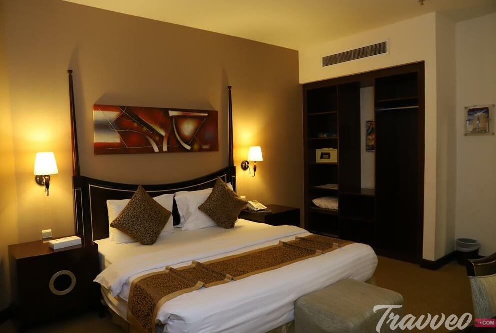 فندق توليب ان