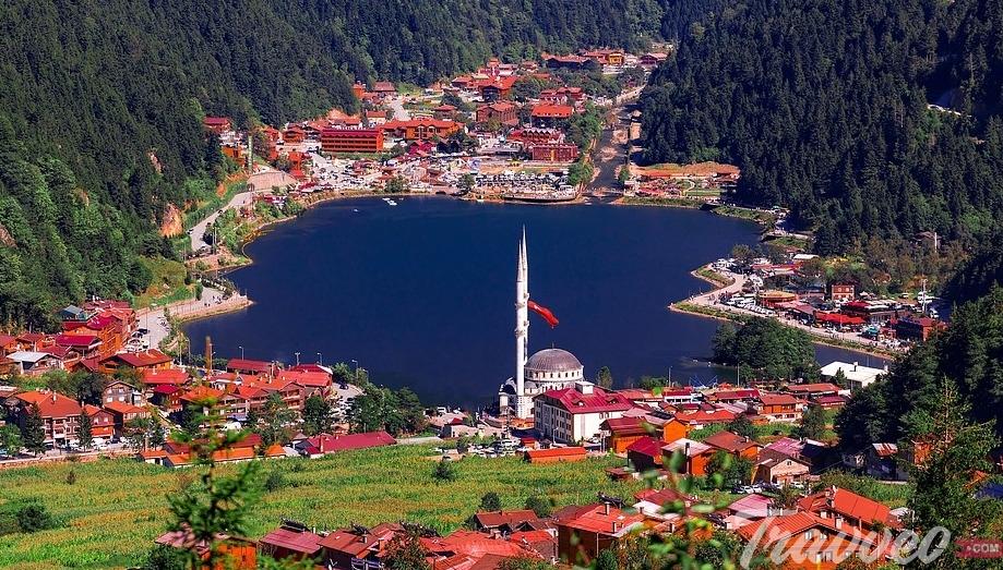 قرية و بحيرة اوزنجول