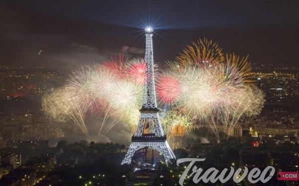 راس السنة في باريس فرنسا